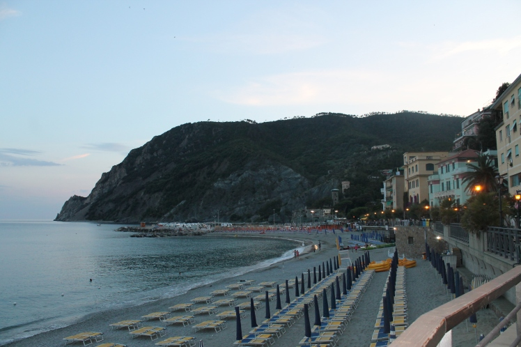 Dolce Farniente on the beach of Monterosso :)